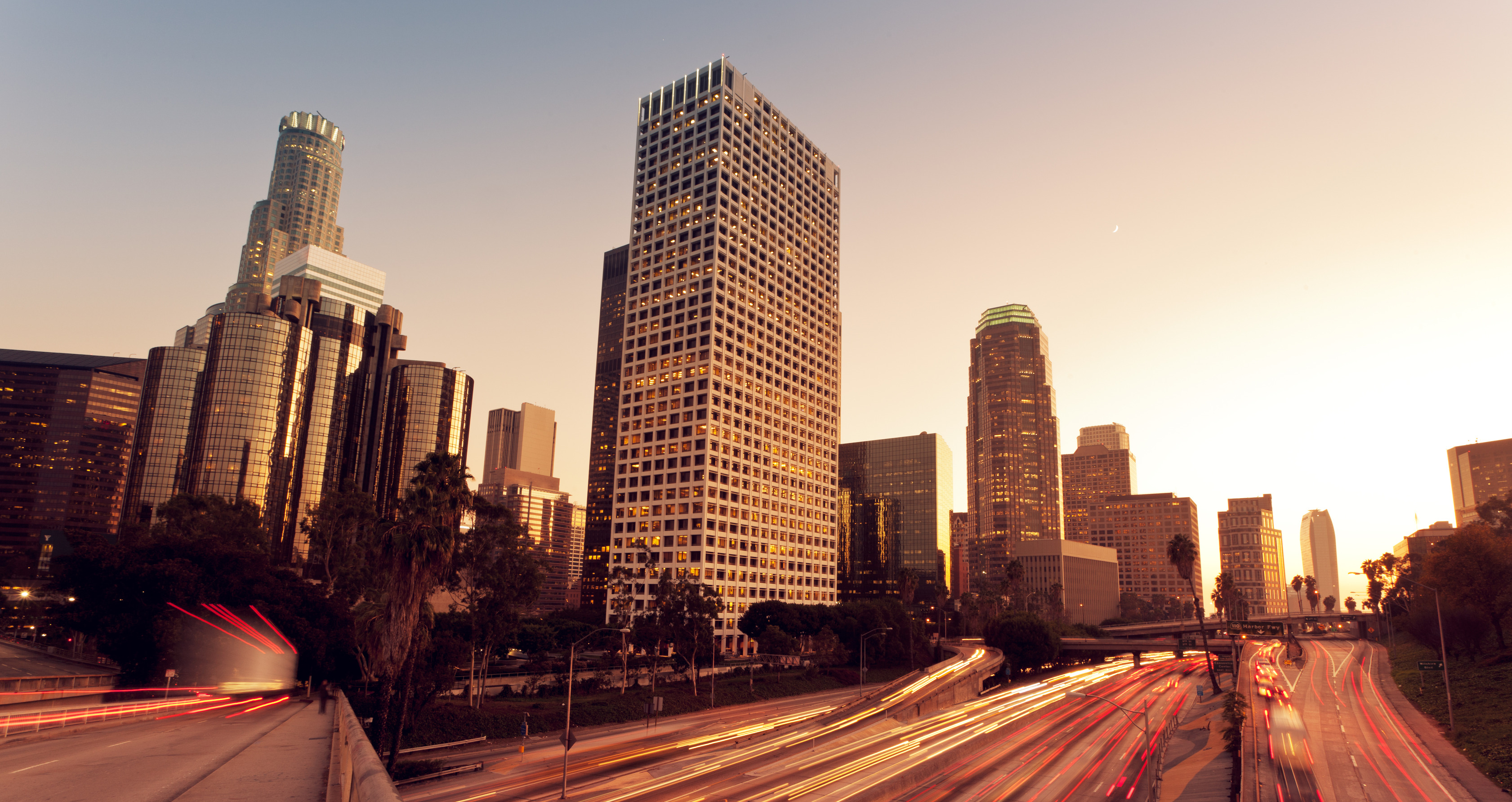 photodune-1717995-los-angeles-urban-city-at-sunset-with-freeway-trafic-l.jpg